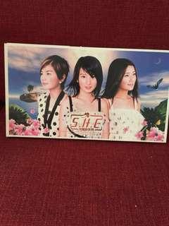 🚚 S.H.E美麗新世界CD+VCD