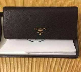 (NO INSTOCKS!) PREORDER ONLY!!PRADA FACTORY AUTHENTIC  saffiano Wallet* 1-1.5 weeks waiting time after payment is made* pm to order