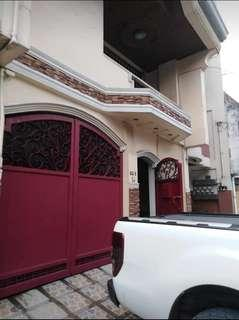 RUSH SALE! House and Lot in Sampaloc Manila