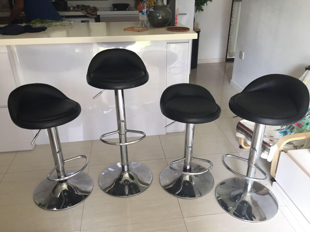 Excellent Bar Stools 4 Nos At Low Price Inzonedesignstudio Interior Chair Design Inzonedesignstudiocom