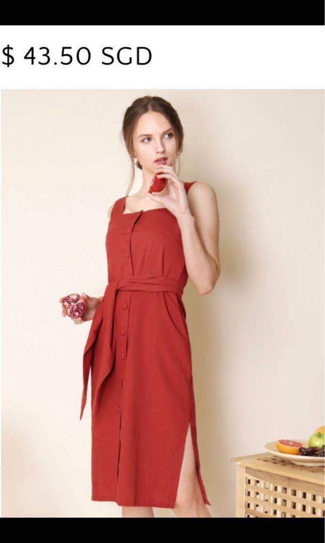 55c73ed551 BNWT Exclusive Button Down Linen Dress (Rust)
