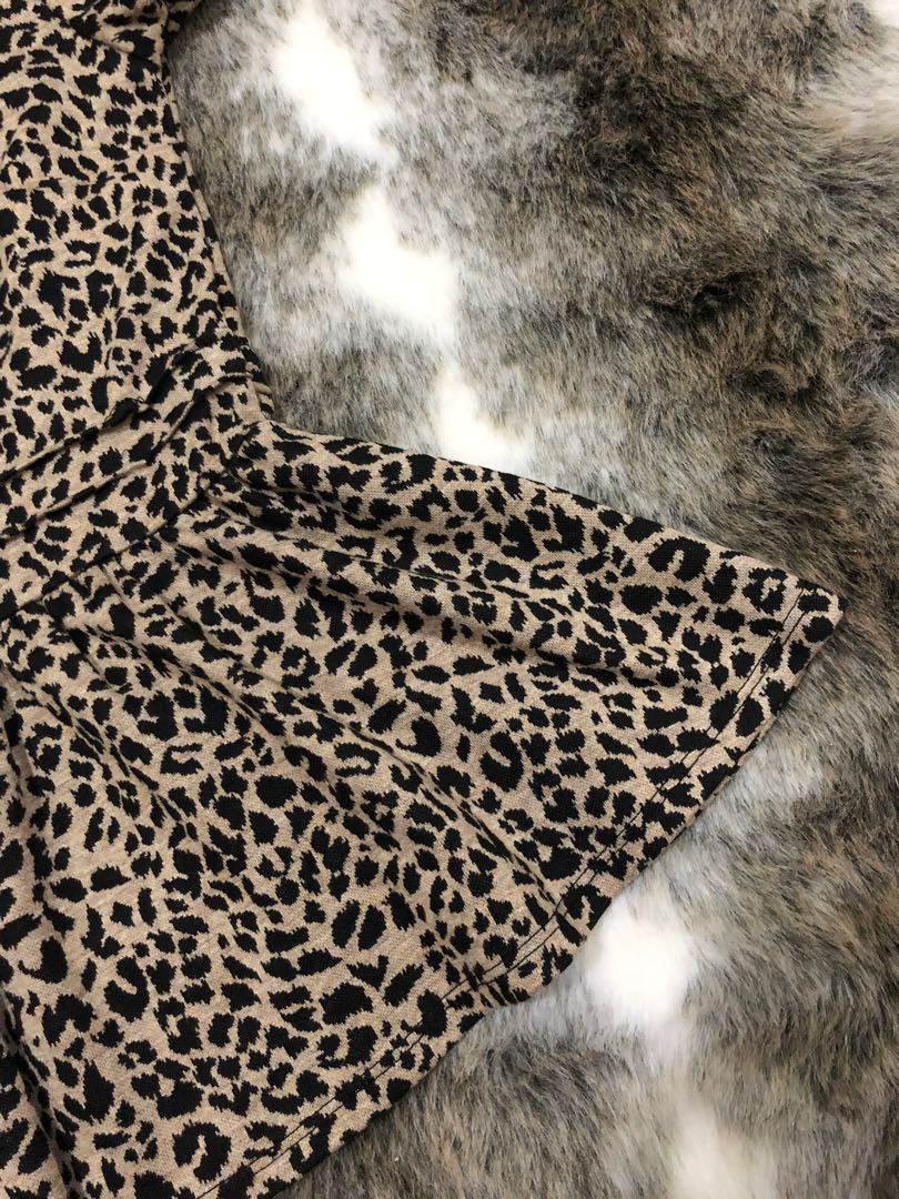 caaca60efadf Forever 21 Animal Print Peplum Blouse, Women's Fashion, Clothes, Tops on  Carousell