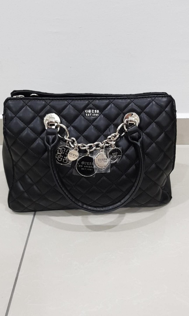 BRAND NEW Guess handbag cum sling bag bf201aafb39bd