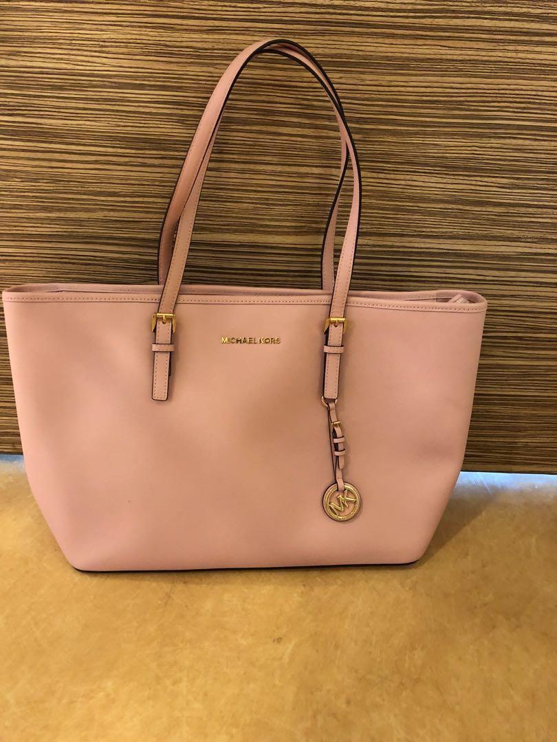 40ba5d7c67df Michael Kors Handbag, Women's Fashion, Bags & Wallets, Handbags on ...