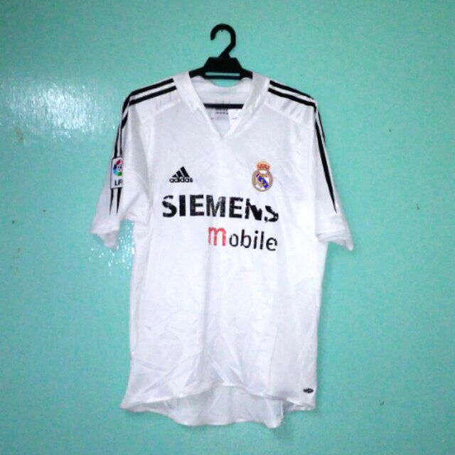 size 40 8b24c 87b18 Real Madrid Home Jersey 2004/2005