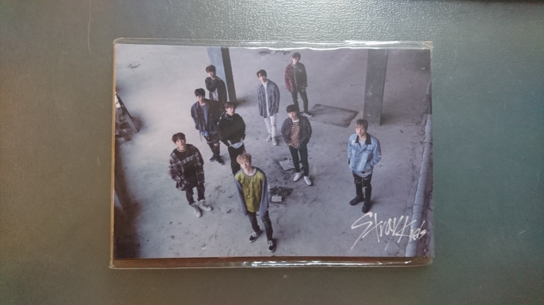 WTS] Stray Kids Mixtape Postcard Set, Entertainment, K-Wave