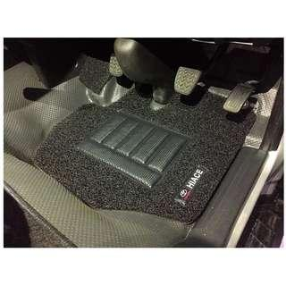 TOYOTA HIACE (FIFTH GEN)OEM FITMENT..PVC COIL MATS FRONT DRIVER/PAX 02 PCS  COLOR AVAILABLE - RED, BLACK, GREY ,BEIGE ,BROWN & BLUE...