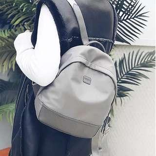 2018尼龍女式雙肩包韓版女包多功能背包新款學院風雙肩休閒旅行包
