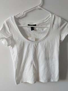BNWT forever21 crop top