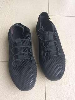 New Men's black work shoes