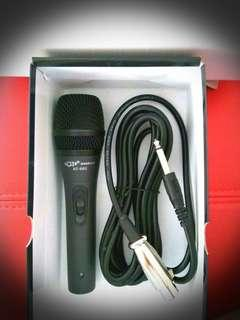Wired Microphone.