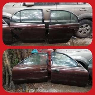 Perdana v6 doors