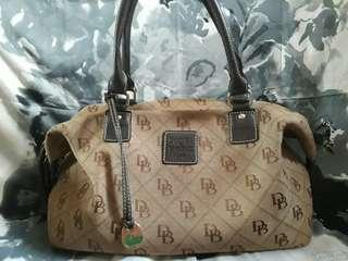 REPRICED!!! Preloved Dooney & Bourke bag