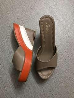 sembonia wedges