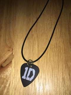 ONE DIRECTION PICK NECKLACE