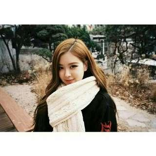 "(PO) Blackpink Rosé/Rose ""up for winter"" scarf 