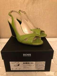 Hugo Boss green heels open toe