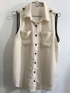 Forever 21 Dirty White and Black Sleeveless Blouse