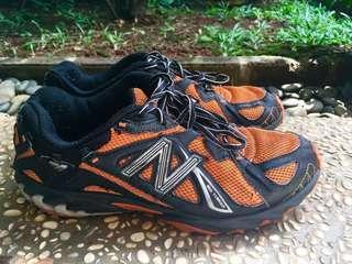 Sepatu New Balance 610 Trail Running 41