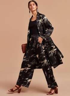 Exclusive Aritzia Silk Kimono size XS!!