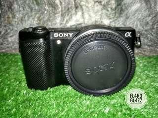 Ready Bro !!! Sony Alpha 5000 Body Only Fullset