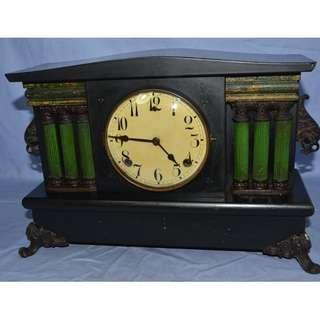 ANTIQUE VINTAGE GILBERT USA MECHANICAL PENDULUM MANTEL CLOCK