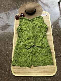 Kebaya avocado