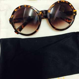 NEW Forever 21 Retro Sunglasses