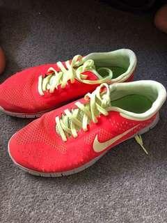 Nike Air 4.0