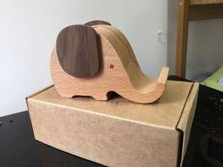 全新木製大象筆座/卡片座