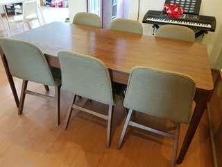 Pre-loved Dining Table and 6 Chairs