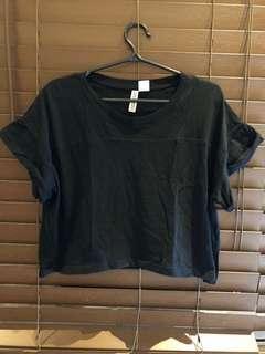 H&M Black Cropped Shirt