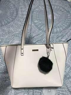 Ever new white bag