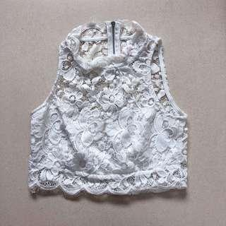 🚚 White Halter Neck Lace Top