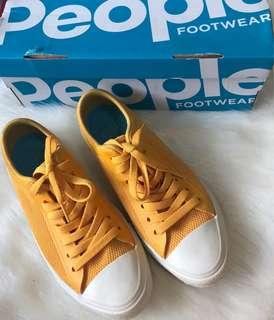 People sneakers not converse nike adidas gucci