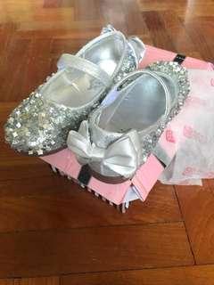 Girl Shinny Shoes