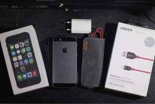 Dijual iphone 5s grey 64gb BU