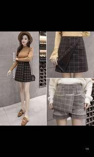 High waisted A-line mini skirt