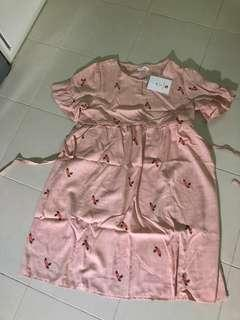 Free dress to give away. Brand new