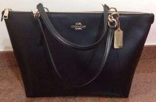 Fast Deal @ $180 Coach Black Leather Ava Tote