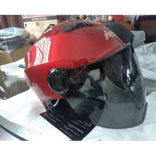 escooter, e- scooter, electric scooter,electric bicycle, roller blade nerf war protective helmet red glossy full face lens