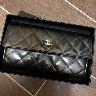 全新真品Chanel 長銀包 割價半價平讓漆皮有盒