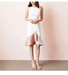 🚚 MDS Cutout color-block mermaid dress in white and pink