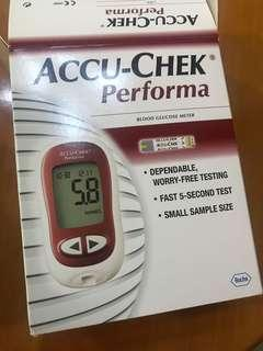 ACCU-CHEK PERFORMA 血糖機