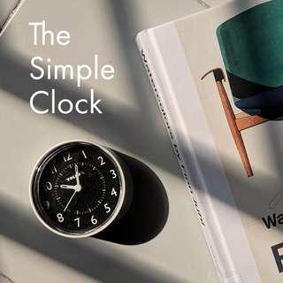 The Simple Desk Clock (Analog)
