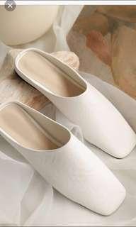 🚚 誠徵* Studio doe nude方頭懶人平底鞋