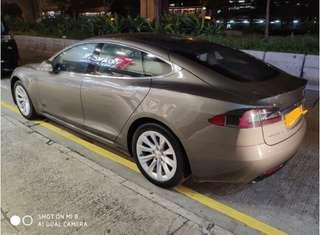 Tesla Model S新款跑車出租