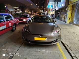 Tesla跑車出租