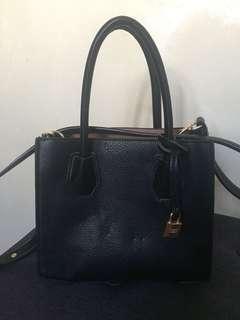 Forever21 sling bag 💯mk coach