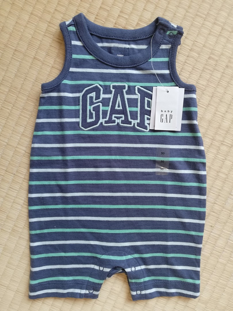 f38c83ba242 BNWT Baby Gap GAP logo romper